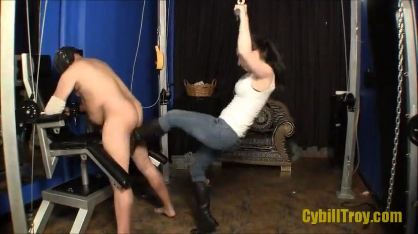 Mistress Cybill Troy In Scene: ONE-TWO BALLBUSTING - CYBILL TROY`S DTLA DOMINAS � SD/480p/MP4