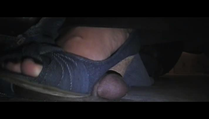 MS. FOXXY In Scene: CONCRETE COCK CRUSH - EBONY COCK CRUSHING UNDER HEELS - SD/406p/MP4
