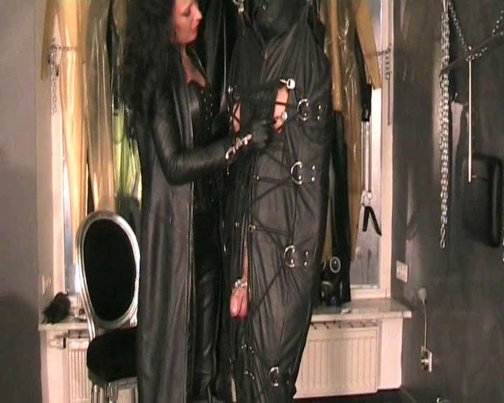 Fetish Diva Nadja In Scene: Hung and forced duck in the leather bag Part 2 - FETISH-DIVA-NADJA - SD/576p/MP4