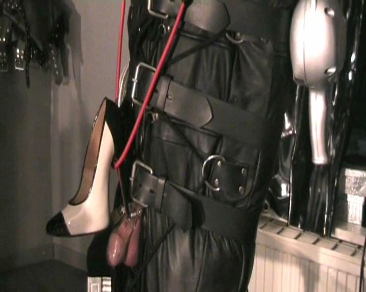 Fetish Diva Nadja In Scene: Hung and forced duck in the leather bag Part 3 - FETISH-DIVA-NADJA - SD/576p/MP4