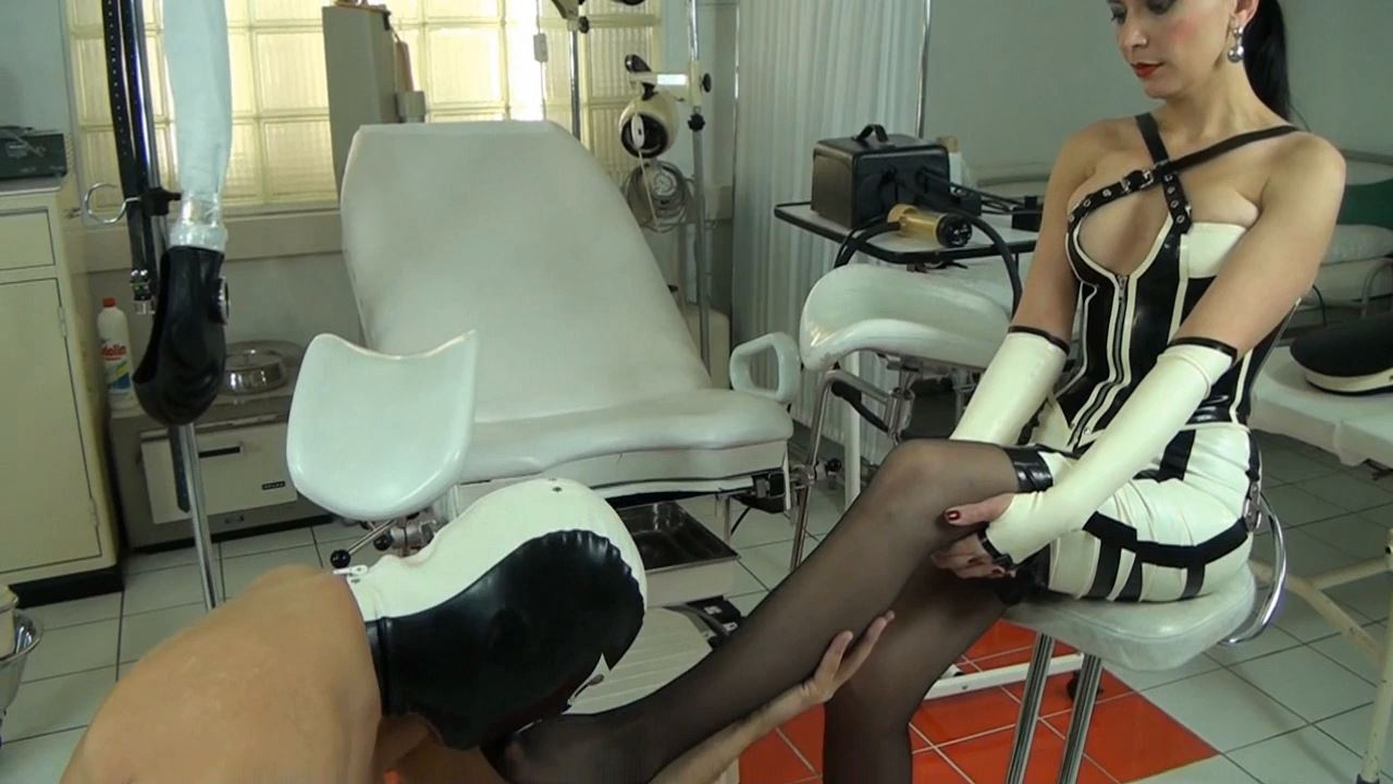 Fetish Diva Nadja In Scene: Orgasm control and multiple compulsory deprivation of the slave with the Venus 2000 Part 1 - FETISH-DIVA-NADJA - HD/720p/MP4