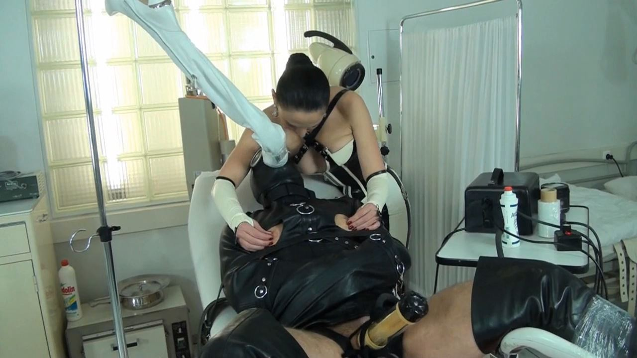 Fetish Diva Nadja In Scene: Orgasm control and multiple compulsory deprivation of the slave with the Venus 2000 Part 4 - FETISH-DIVA-NADJA - HD/720p/MP4