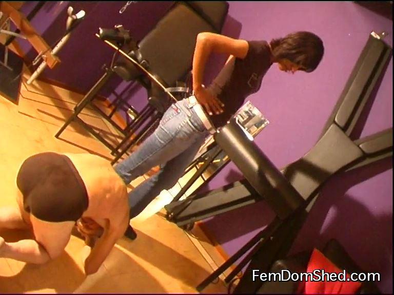 Goddess Valeska In Scene: Body Kicking - FEMDOMSHED - SD/576p/MP4
