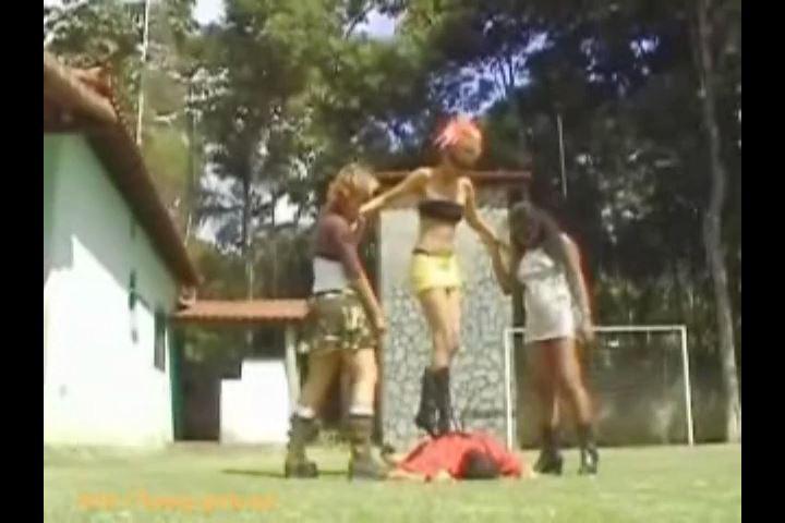 Appreciation of girls' power Video 2 Kicking & Trampling - BOSSY-GIRLS / GIRLSDOMINATION - SD/480p/MP4