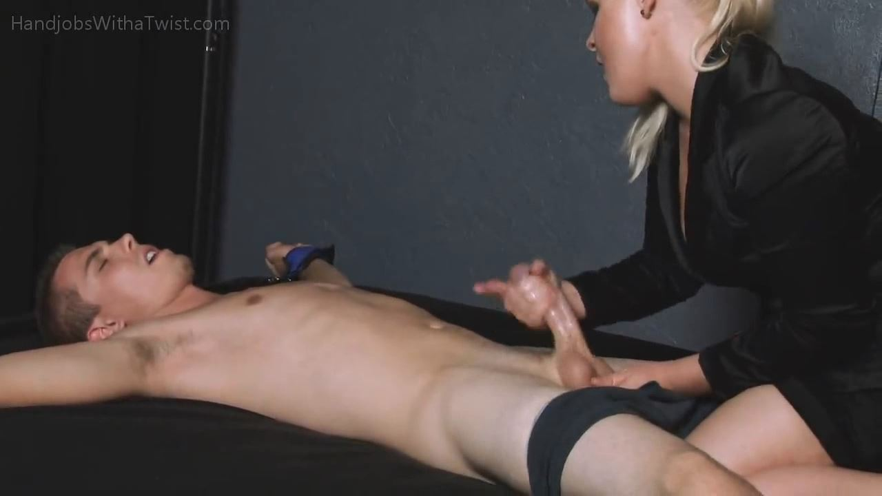 SHE'S IN FULL CONTROL OF THE PRETTY BOY'S COCK - HANDJOBSWITHATWIST - HD/720p/MP4