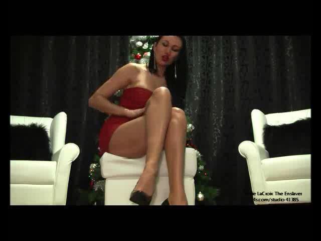 Jolie Lacroix In Scene: Legs For Christmas - JOLIE LACROIX THE ENSLAVER - SD/480p/MP4