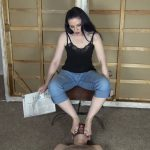 Caroline Pierce is back, this time as a Domme – KISSHERFOOT – FULL HD/1080p/MP4