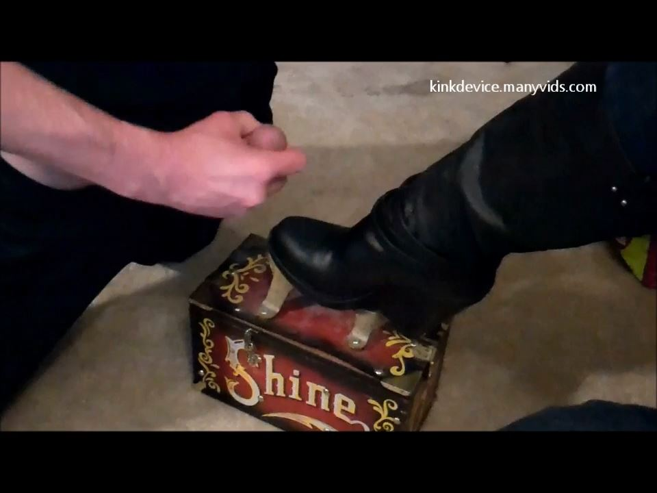 Veronica's Boot Polish - KINKDEVICE - HD/720p/MP4