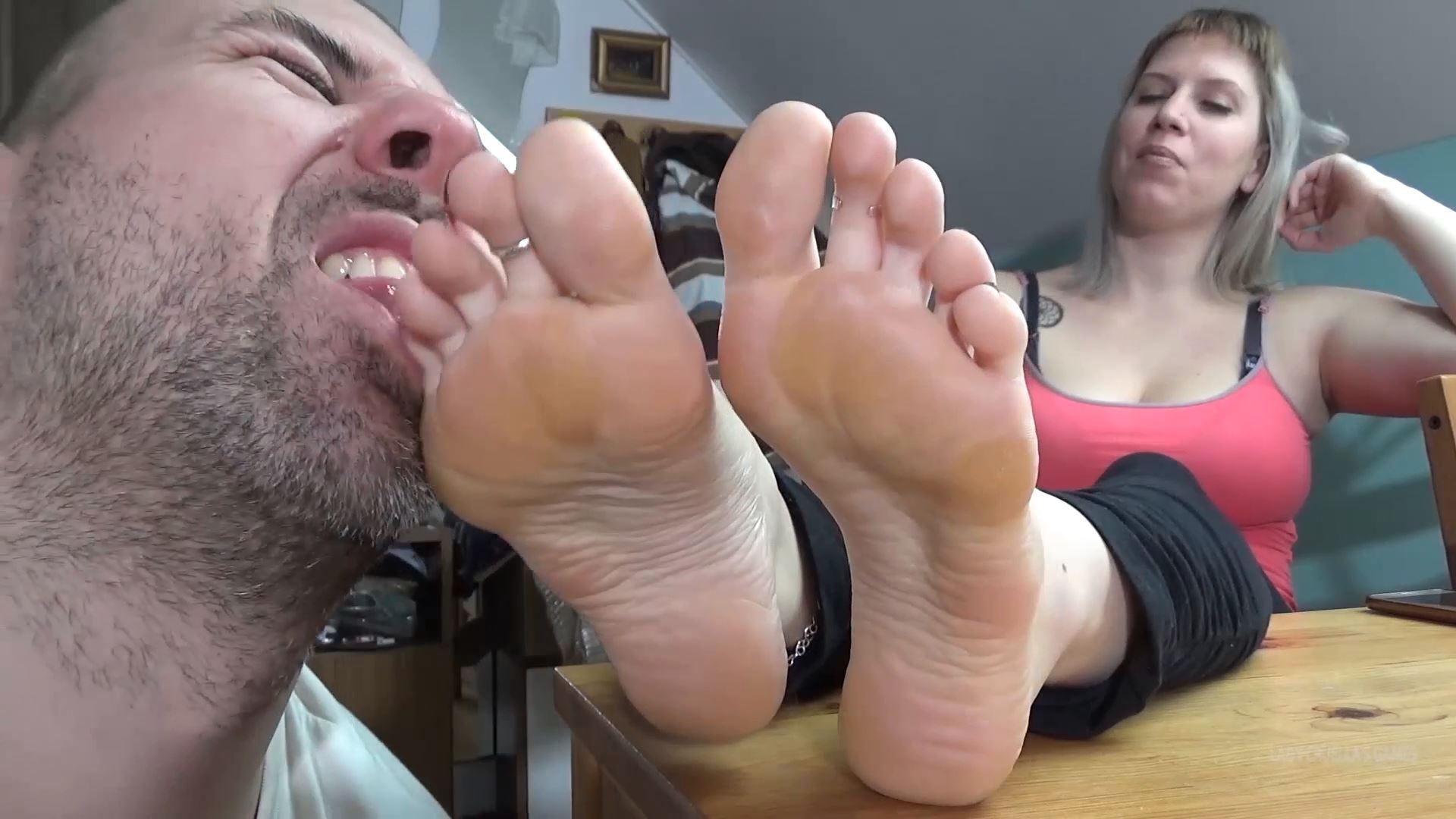 Lady Cruella In Scene: Humiliation games - Smell my socks bro! and Lick my soles bro - LADY CRUELLAS GAMES - FULL HD/1080p/MP4