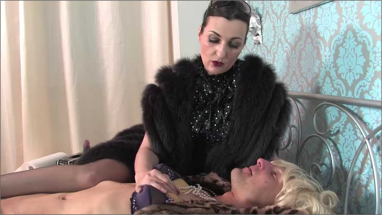 Lady Victoria Valente In Scene: Education to my prostitute Part 2 - LADYVICTORIAVALENTE / REAL GERMAN MISTRESS - HD/720p/MP4