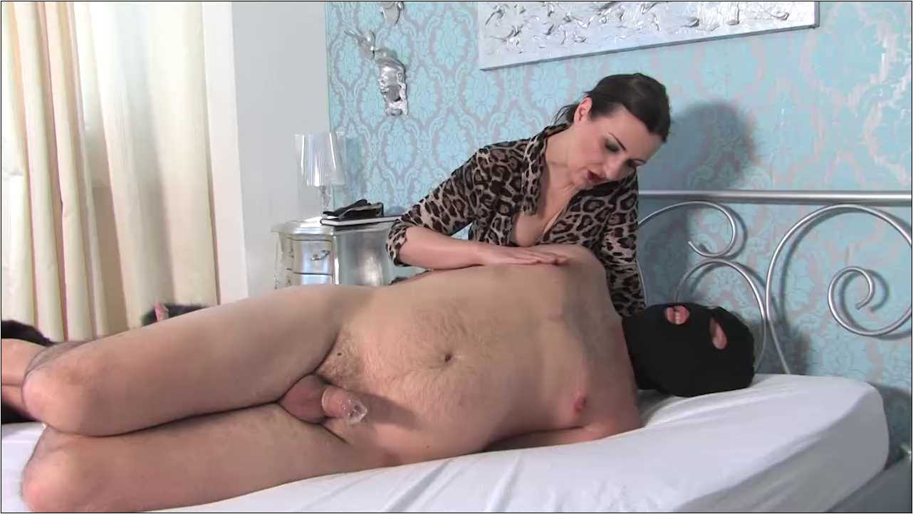 Lady Victoria Valente In Scene: The Furs Mistress Hogtied Part 1 - LADYVICTORIAVALENTE / REAL GERMAN MISTRESS - HD/720p/MP4
