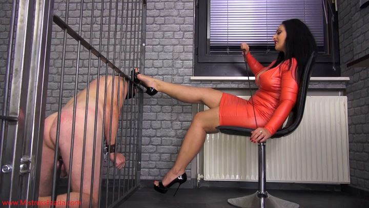 Mistress Ezada Sinn In Scene: An Evening Of My Life Prisoner - MISTRESSEZADA - SD/406p/MP4