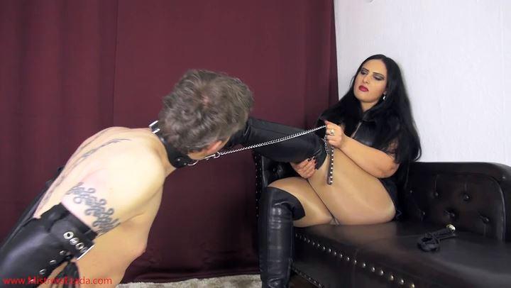 Mistress Ezada Sinn In Scene: Humbled Boot Licker - MISTRESSEZADA - SD/406p/MP4