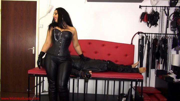 Mistress Ezada Sinn In Scene: Leather Tease & Denial - MISTRESSEZADA - SD/404p/MP4
