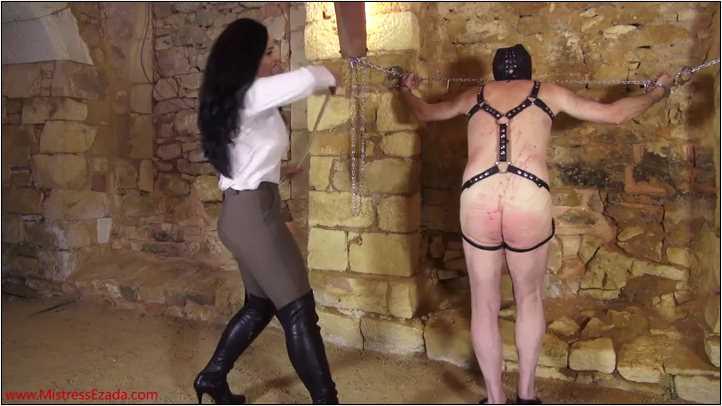 Mistress Ezada Sinn In Scene: Sleepy Slave Punishment - MISTRESSEZADA - SD/404p/MP4