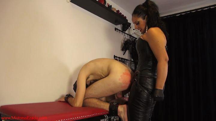 Mistress Ezada Sinn In Scene: Strapon Sodomization - MISTRESSEZADA - SD/404p/MP4