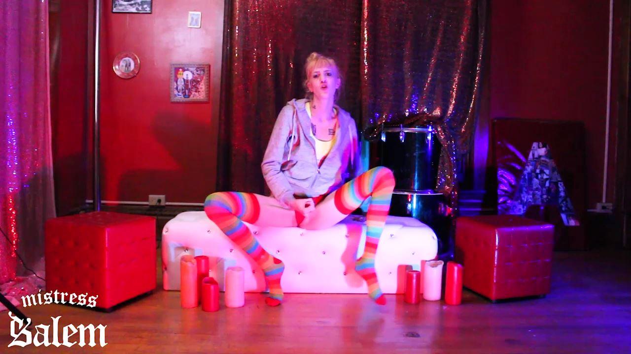 Mistress Salem In Scene: SOCKS TASTE THE RAINBOW - MISTERSS SALEM - HD/720p/MP4