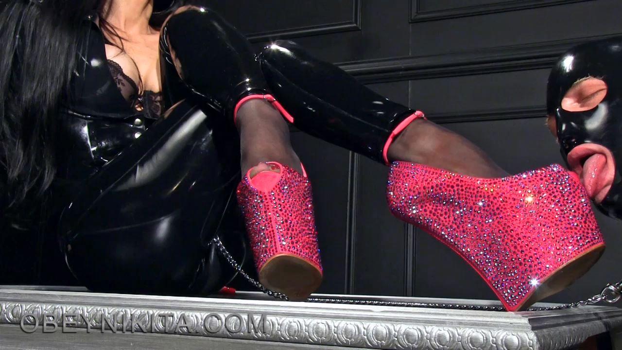 Mistress Nikita In Scene: Lick My High Wedges - OBEYNIKITA - HD/720p/MP4
