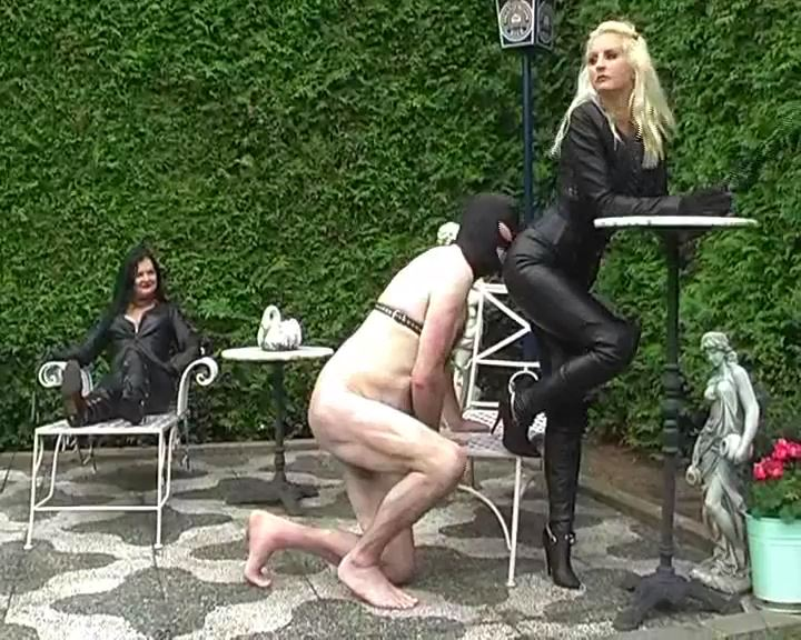 Mistress Kelly Kalashnik, DOMINATRIX DINAH In Scene: YOUR TONGUE TO CLEAN UP OUR LEATHER - RIDING-MISTRESS / DUTCH FEMDOM - SD/576p/MP4