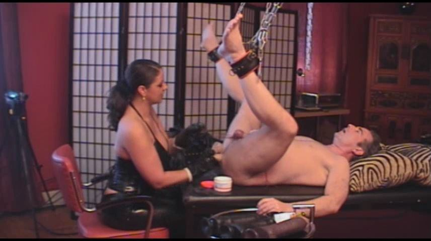 Lady Asmodena In Scene: Seducing Gay 7 - STRAPON-GODDESS - SD/480p/MP4