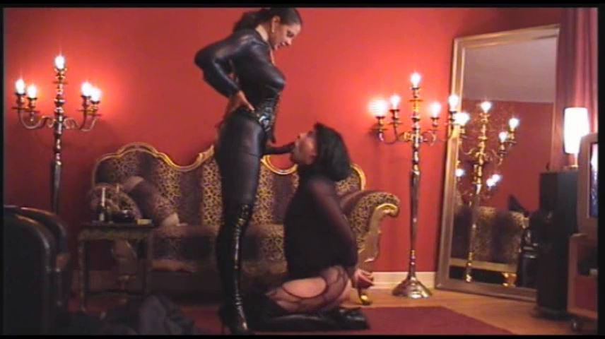 Lady Asmodena In Scene: Visit Strapon Queen - STRAPON-GODDESS - SD/480p/MP4