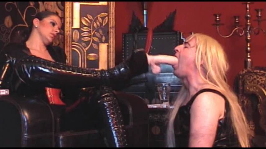 Lady Asmodena In Scene: Paint Whitening 6 - STRAPON-GODDESS - SD/480p/MP4