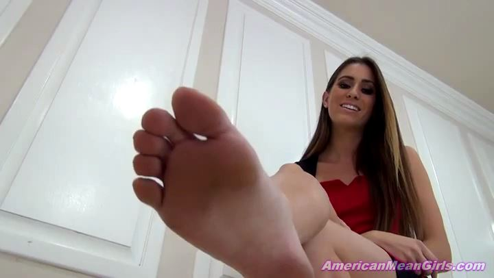 Princess Beverly In Scene: Does Your Wife Have Feet Like This - THE MEAN GIRLS POV - SD/406p/MP4