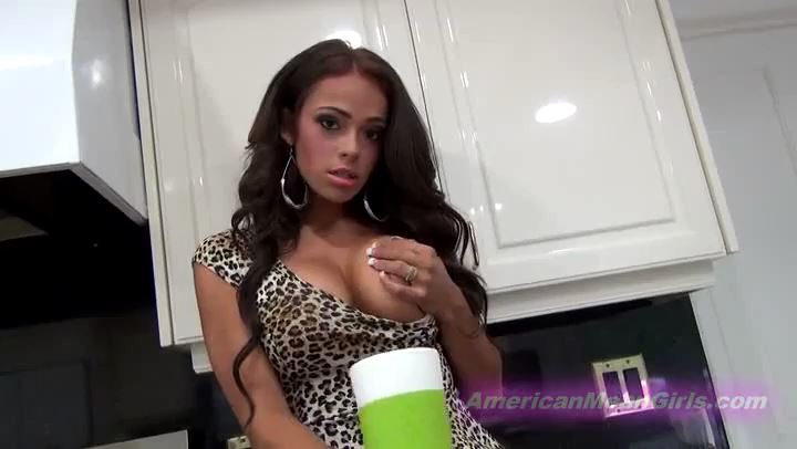 Princess Carmela In Scene: Cum In Your Coffee Everyday - THE MEAN GIRLS POV - SD/406p/MP4