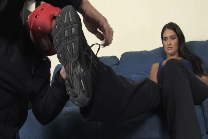 Mistress Michelle uses Kid Dynamite as her punching bag - BEATENBYGIRLS - SD/480p/MP4