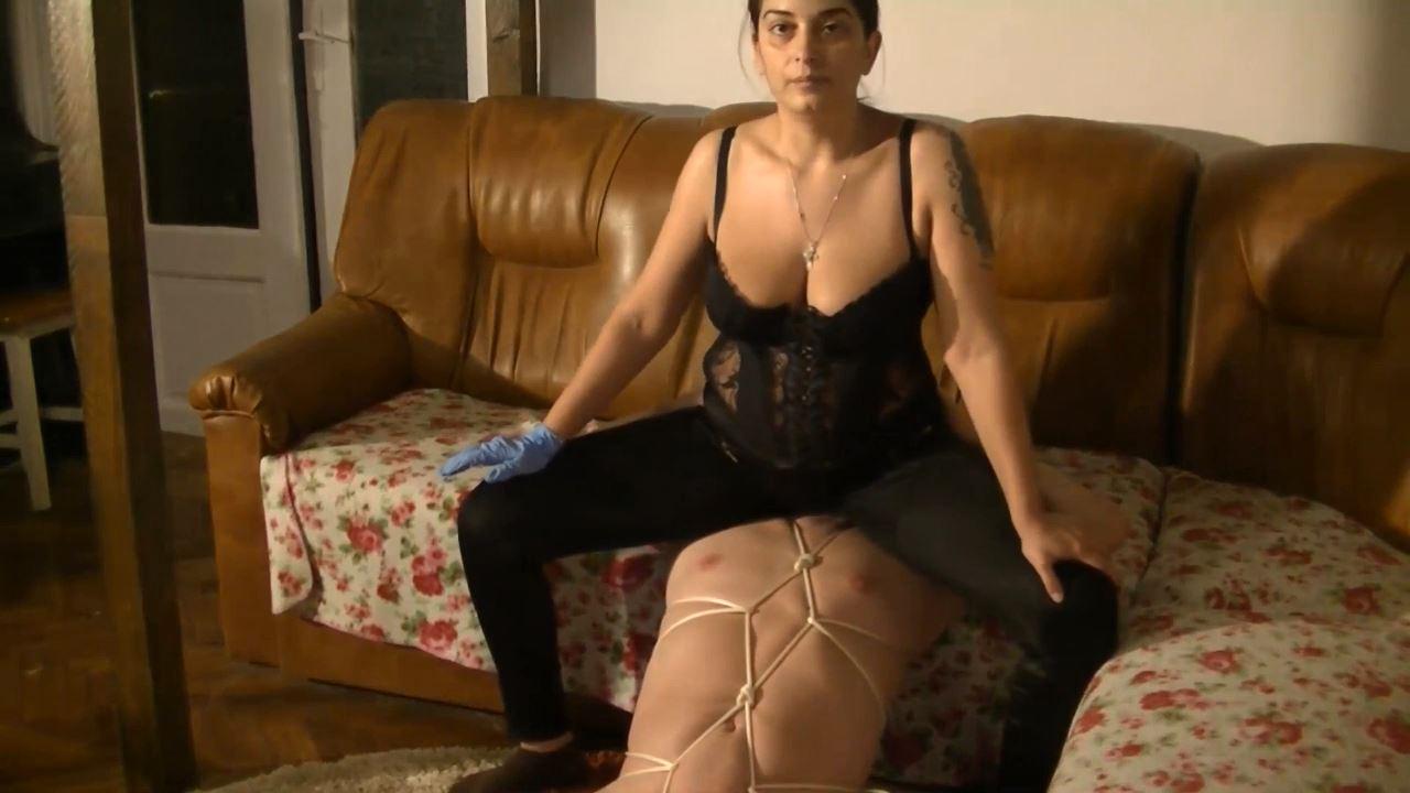 Mistress Roberta In Scene: Farting in bondage and humiliation - BIZARRE GODDESSES FROM ROMANIA - HD/720p/MP4