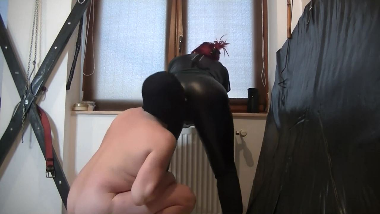 Goddess Andreea In Scene: Leather pants worshipping with her toilet - BIZARRE GODDESSES FROM ROMANIA - HD/720p/MP4
