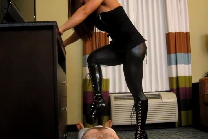 MzDeviou In Scene: SCRATCH & TRAMPLE IN STILETTO BOOTS - CRUDELIS AMATOR BALLBUSTING FETISH - SD/480p/MP4