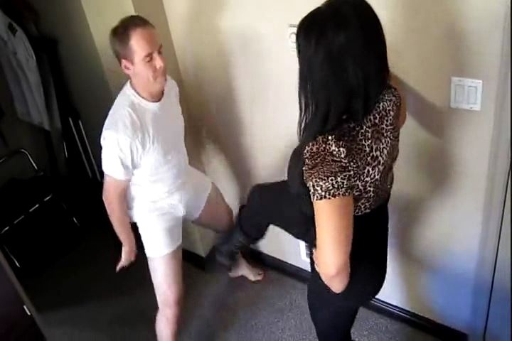 Miss Samantha Grace In Scene: Lets Kick Ya in the Nuts - CRUDELIS AMATOR BALLBUSTING FETISH - SD/480p/MP4