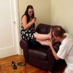 Worship Switch Lydia`s Notoriously Dirty Feet – CRUDELIS AMATOR BALLBUSTING FETISH – SD/480p/MP4