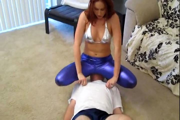 Mistress Shauna Ryanne In Scene: Shauna`s Liquid Legging Smother Torture - CRUDELIS AMATOR BALLBUSTING FETISH - SD/480p/MP4
