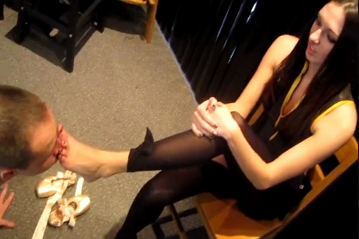 Bratty Bunny In Scene: Service My Ballet Shoes and Feet - CRUDELIS AMATOR BALLBUSTING FETISH - SD/480p/MP4