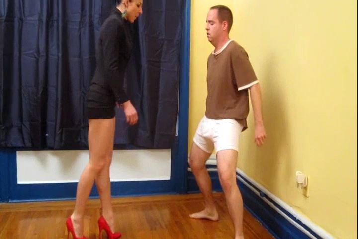 Mistress Trish In Scene: Trish Finally Hurts Andys Balls - CRUDELIS AMATOR BALLBUSTING FETISH - SD/480p/MP4