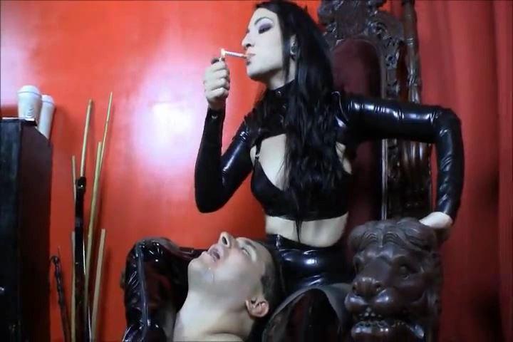 Mistress Cybill Troy In Scene: Ashtray Queen - CYBILL TROY`S DTLA DOMINAS / CYBILLTROY - SD/480p/MP4