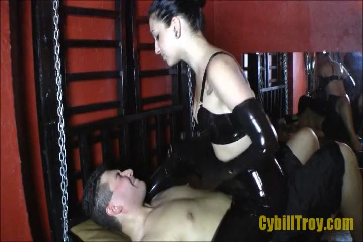 Mistress Cybill Troy In Scene: Slapped Silly - CYBILL TROY`S DTLA DOMINAS / CYBILLTROY - SD/480p/MP4