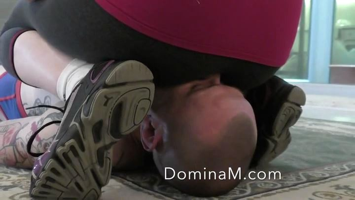 Domina M In Scene: Sweat Sniffing - DOMINA M`s SLAVE TRAINING - SD/406p/MP4