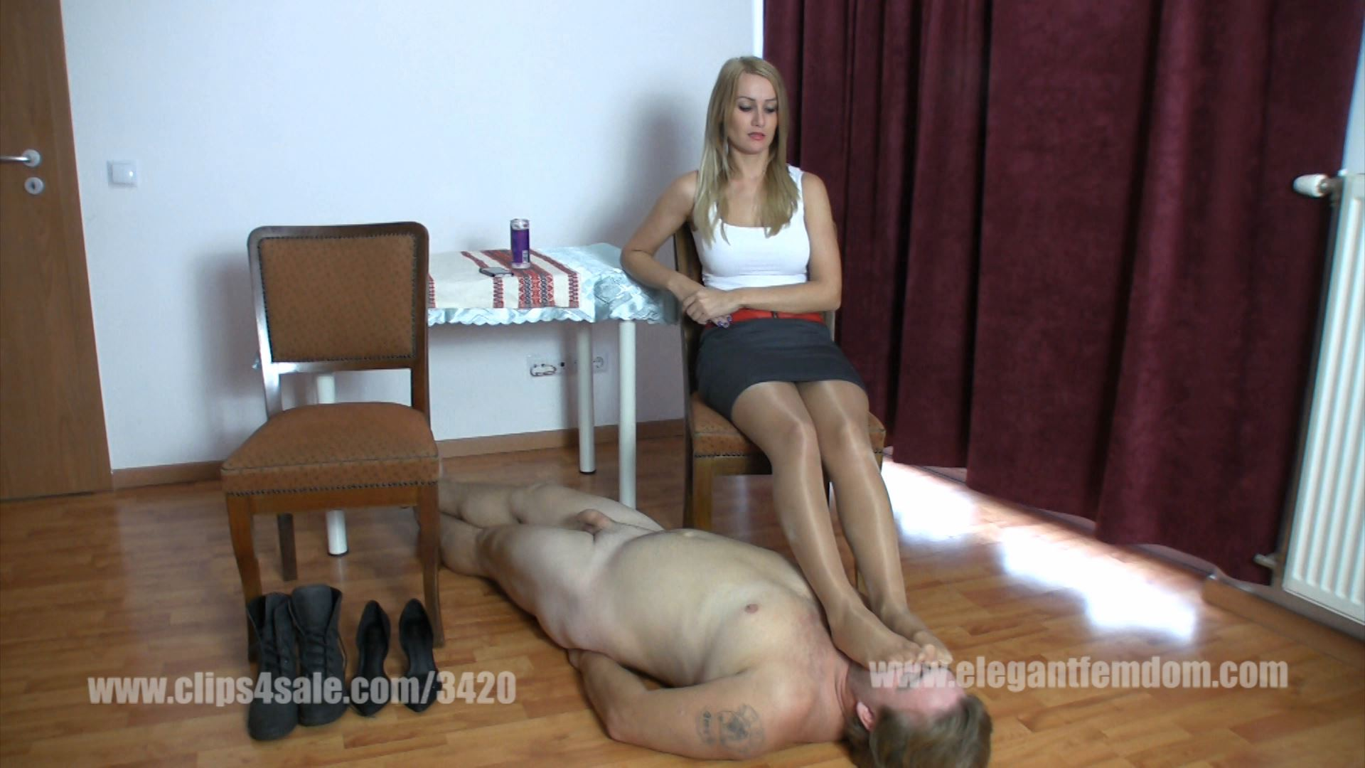 Lady Demona sits and relaxes - ELEGANTFEMDOM - FULL HD/1080p/MP4