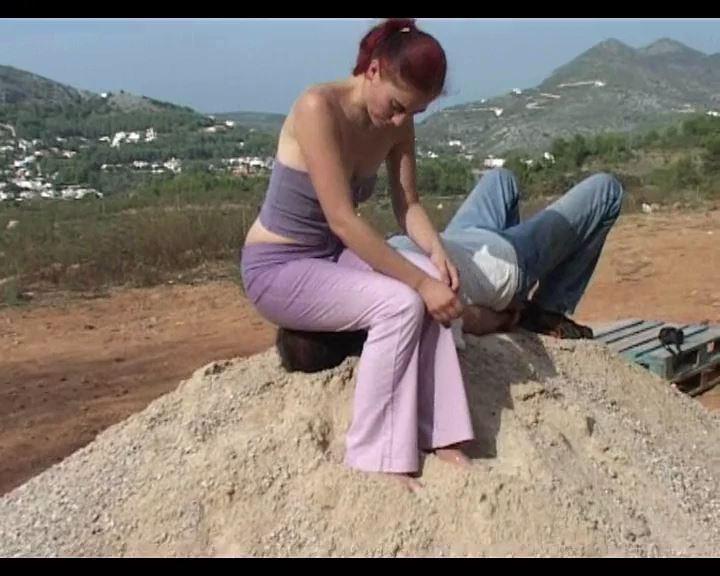 Fetisha is 25 years old, 60 kilos, Face-Sitting Clip 2 - FETISH-FILM - SD/576p/MP4
