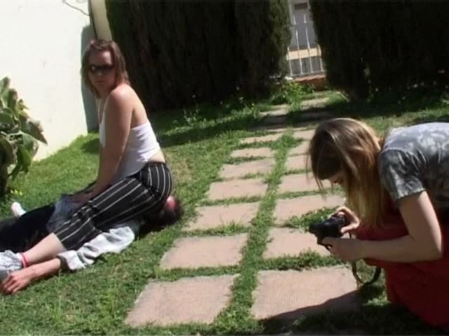 Michelle S is 25 years old, while the foto-shooting Clip 3 - FETISH-FILM - SD/480p/MP4