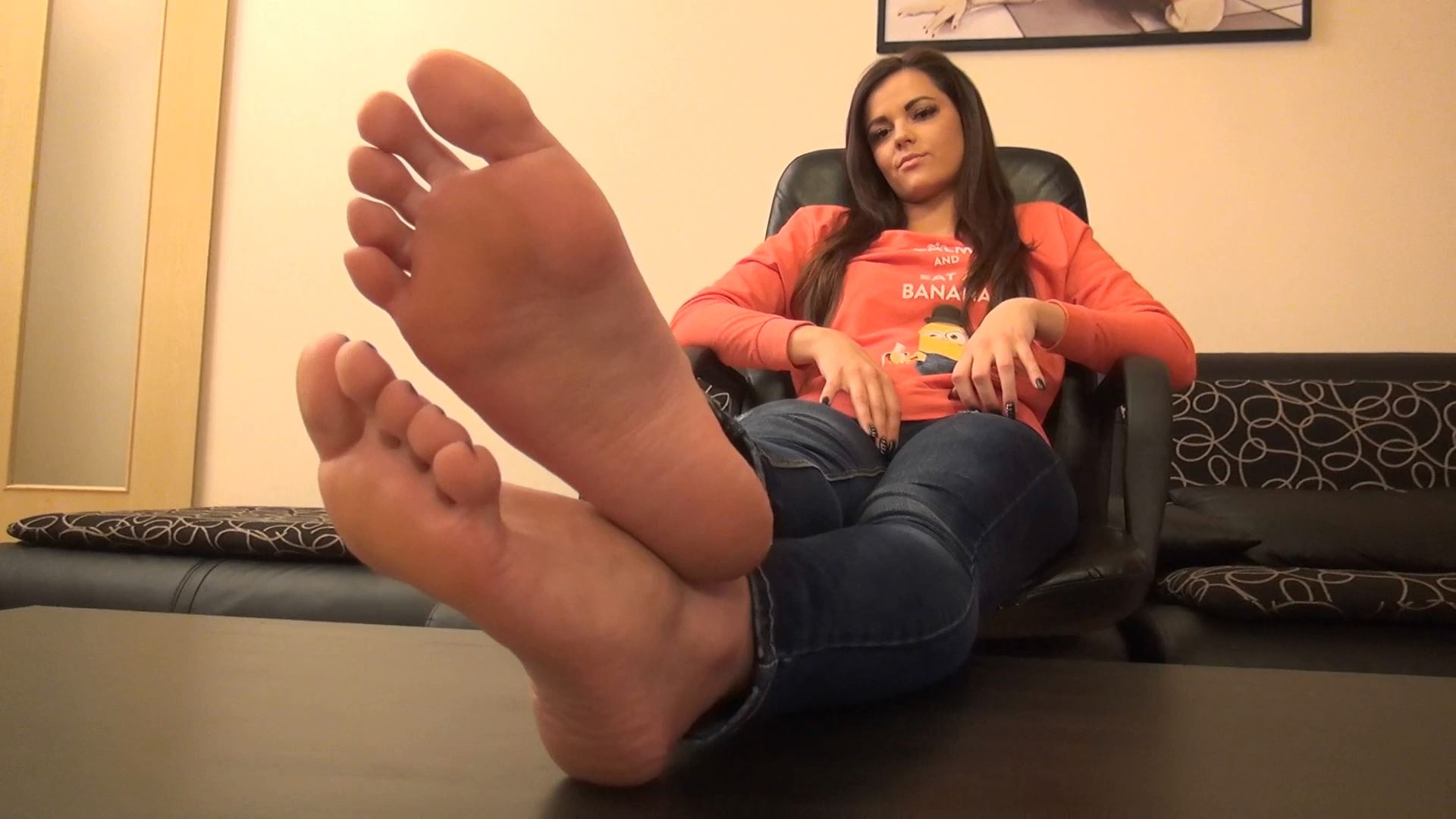 CAROLINA - MY SOLES IN YOUR FACE PART 3 - FOOTDOMINAS - FULL HD/1080p/MP4
