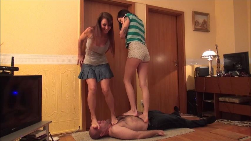 ELECTRA AND OLIVIA - GIRLS JUST WANNA HAVE FUN - BRUTAL TRAMPLING AND FACESTANDING - NON STOP PART 1 - FOOTDOMINAS - SD/480p/MP4