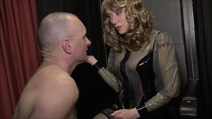 Lady Michelle In Scene: Face Slapping for the sissy - DEUTSCHE DOMINAS / GERMANY FEMDOM - SD/406p/MP4