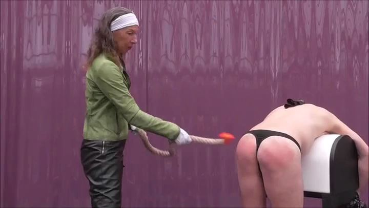 Frau Captain's In Scene: Hard hits with paddle and rope - DEUTSCHE DOMINAS / GERMANY FEMDOM - SD/406p/MP4