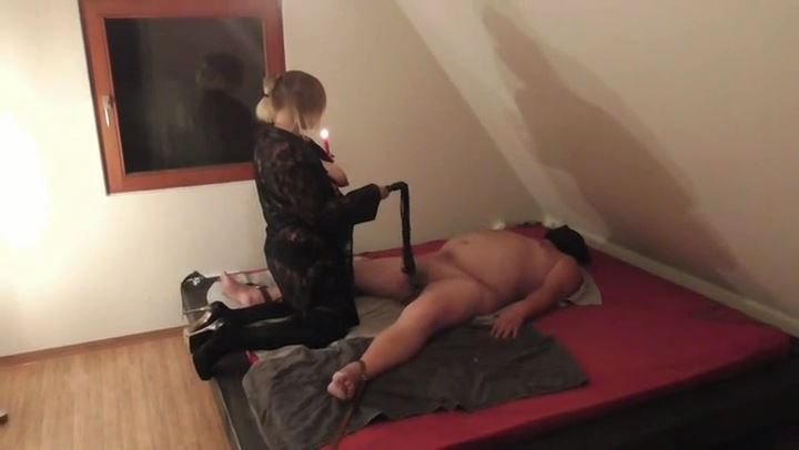 Miss Aurelia In Scene: My slave has to inject - DEUTSCHE DOMINAS / GERMANY FEMDOM - SD/406p/MP4