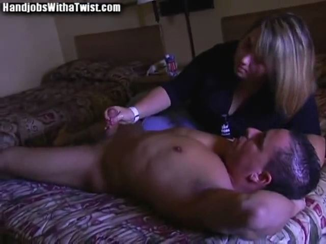 LATE AFTERNOON HANDJOB - HANDJOBSWITHATWIST - SD/480p/MP4