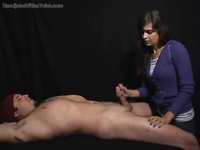 THE RELAXING HANDJOB - HANDJOBSWITHATWIST - SD/480p/MP4